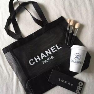 CHANEL Beauté makeup bag